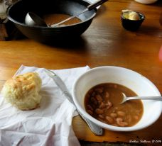 Bean soup and rolls