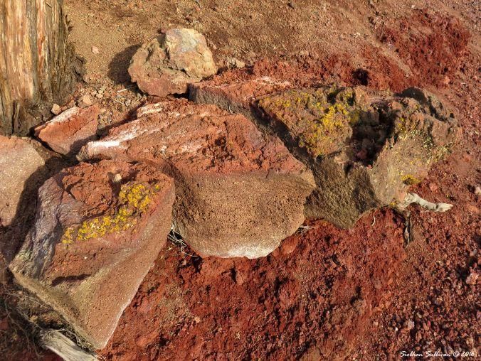 Rocks on Pilot Butte 26Oct2016
