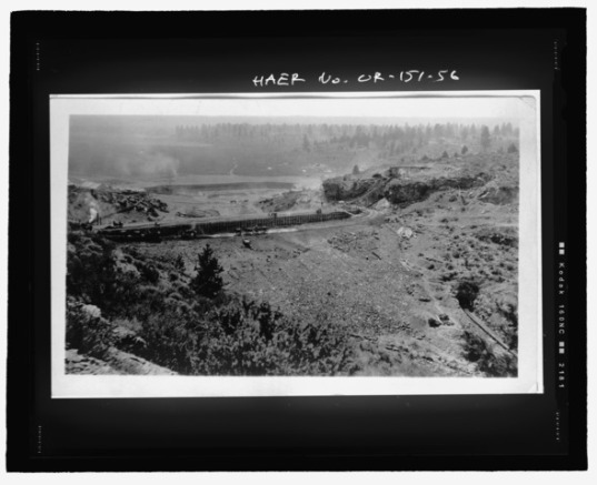 Construction of the dam ca. 1914